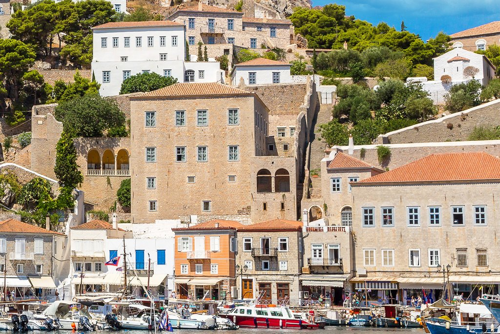 mansions in Hydra island